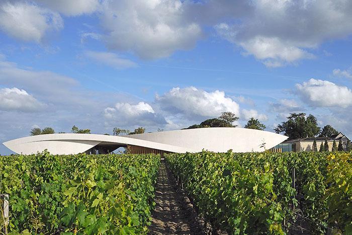 Chateau Cheval Blanc. Фото с сайта www.architecturaldigest.com